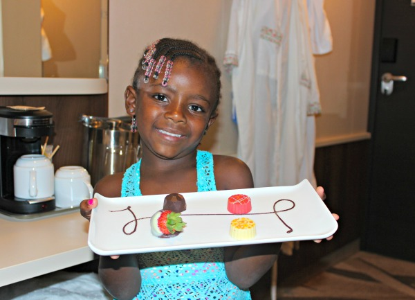 dessert-room-service