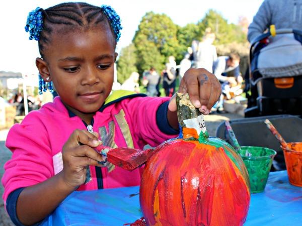 paint-a-pumpkin